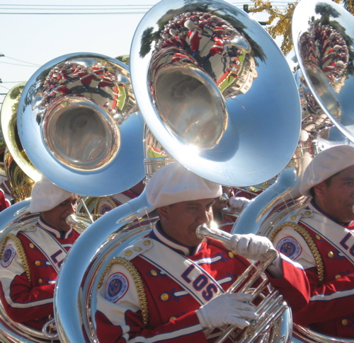 rp09-band-at-end-tubas